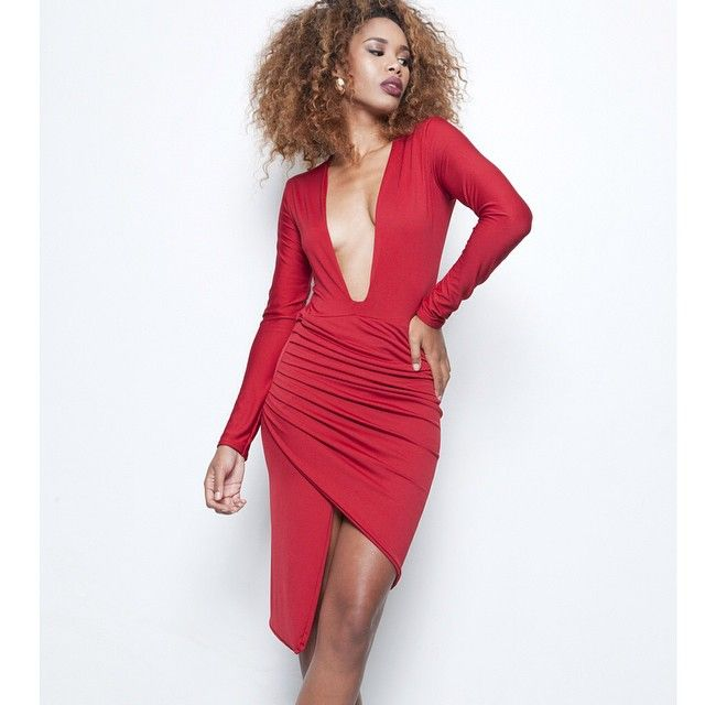 NSTAGLAM! PR Taraji Dress $102.00 One size IN-STORE NOW. Model: @dotsmalls Photography: @photographybytiarra Design and Styling: @shes_sophilthy Glam: @shelbeniecedidthat Direction: @_teamphilthy #philthyragz #sexydress #shopping #redcarpet
