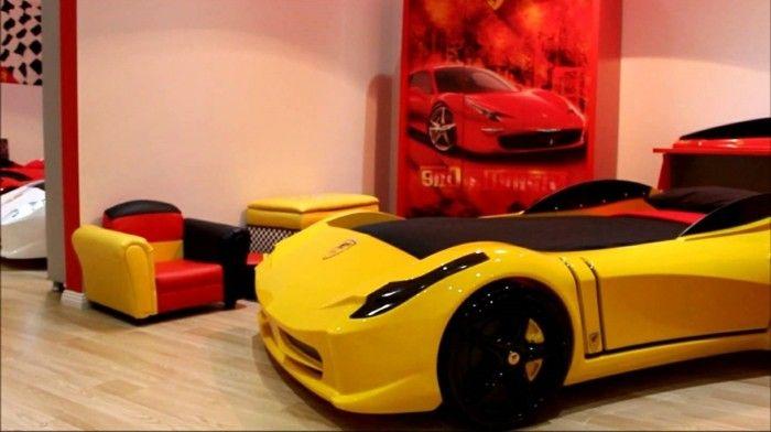 Lit voiture formule 1; lit voiture pour enfant