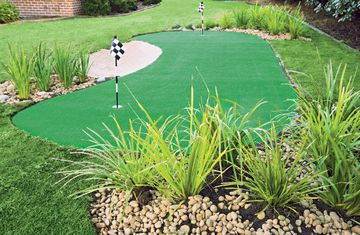 Backyard golf green  - Better Homes and Gardens - Yahoo!7
