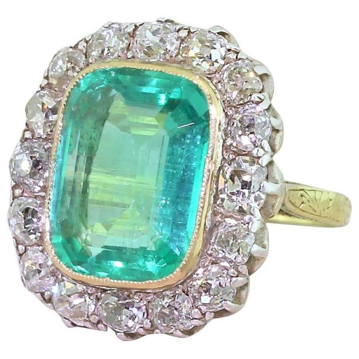 Edwardian 6.00 Carat Minor Oil Colombian Emerald Old Cut Diamond Ring