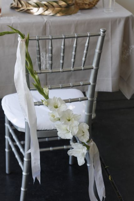 gladiola chair decor (by ariella chezar; photo by holly heider chapple)