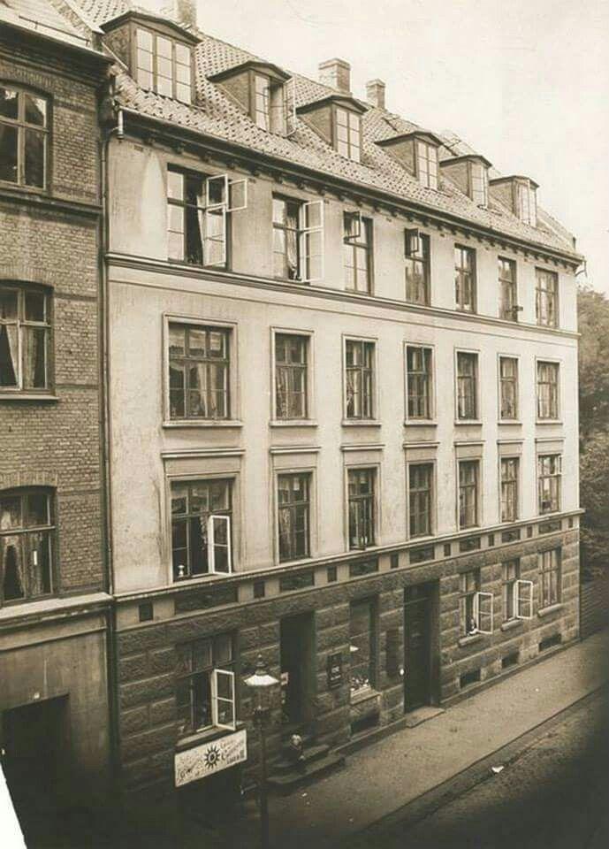 Absalonsgade 14, ca. 1900 - Oldefar Peter Hansen boede i Stuen fra 1.5.1914-1.5.1923