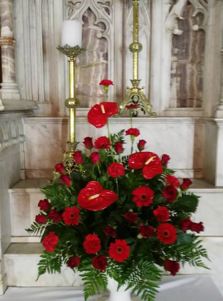 17 Best Images About Mass Flower Arrangements Weddings