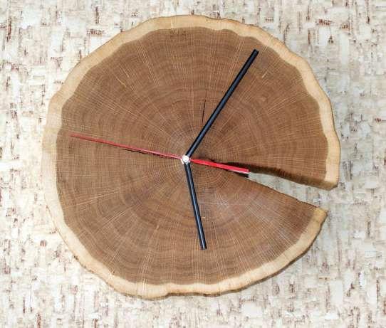 Dębowy zegar wykonany z plastra drewna, wyjątkowa ozdoba Osiek - image 1