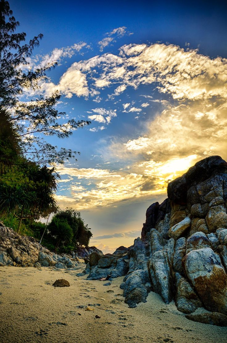 Waiting for Sunset at Koh Lipe by Khor Lord Yong on 500px