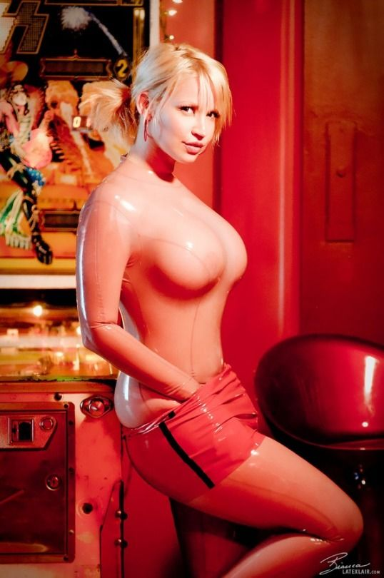 bianca latex fetish - Bianca Beauchamp. Latex FashionFetish ...