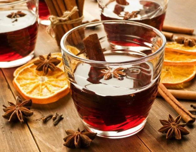 Cherry Mulled Mocktail   15 Non-Alcoholic Holiday Drink Recipes For All   The Perfect Drinks for Thanksgiving,Christmas Part and for Pregnant Women.