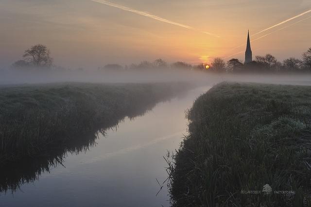 Misty water meadows.  Salisbury water meadows. By Jon Sargisson.