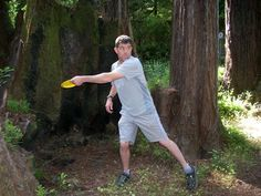 Tips from the School of Disc Golf on how to improve the basic backhand disc golf technique. Step-by-step instruction and resources are included.