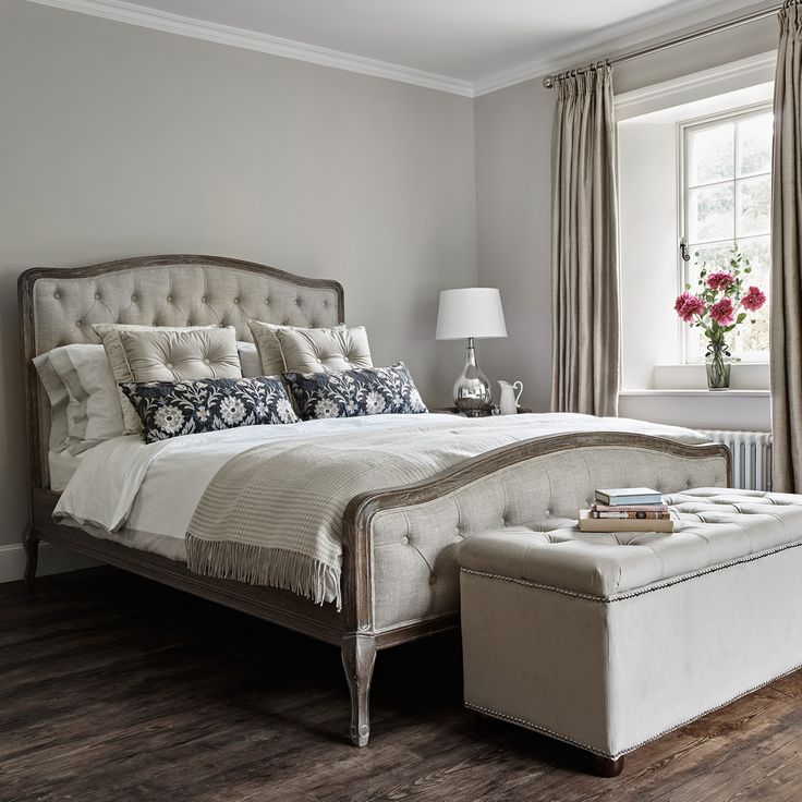 Our Super King Size Chantal Bed Is Timeless And Elegant The Sy Yet Soft Curved Oak Paired With Oned Natural Linen Headboard Will Add An Air Of