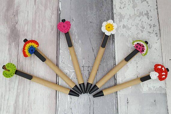 Recyclé stylo motif crochet carton, arc-en-ciel, coeur, pastèque, daisy, pomme, champignon, enseignant-cadeaux
