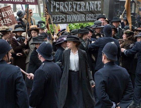 """O filme """"As sufragistas"""" conta com vigor uma história poderosa, num ano em que as feministas fizeram barulho. E provoca polêmica por colocar na tela apenas mulheres brancas"""
