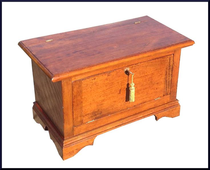 Oltre 25 idee originali per baule legno su pinterest for Cassapanca groupon