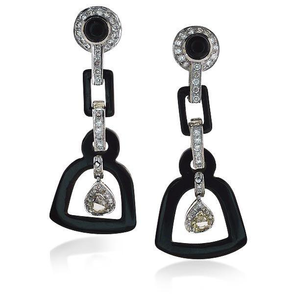 Onyx-Diamant-Ohrstecker mit 0,53ct Diamanten, Topas in Weissgold Privatsammlungen und Adelsbesitz #Schmuck #Schmuckboerse #vintage #ohrstecker #diamant #brillant #antiquejewels #diamondearrings #jewelryhttps://www.schmuck-boerse.com/index-gold-ohrschmuck.htm