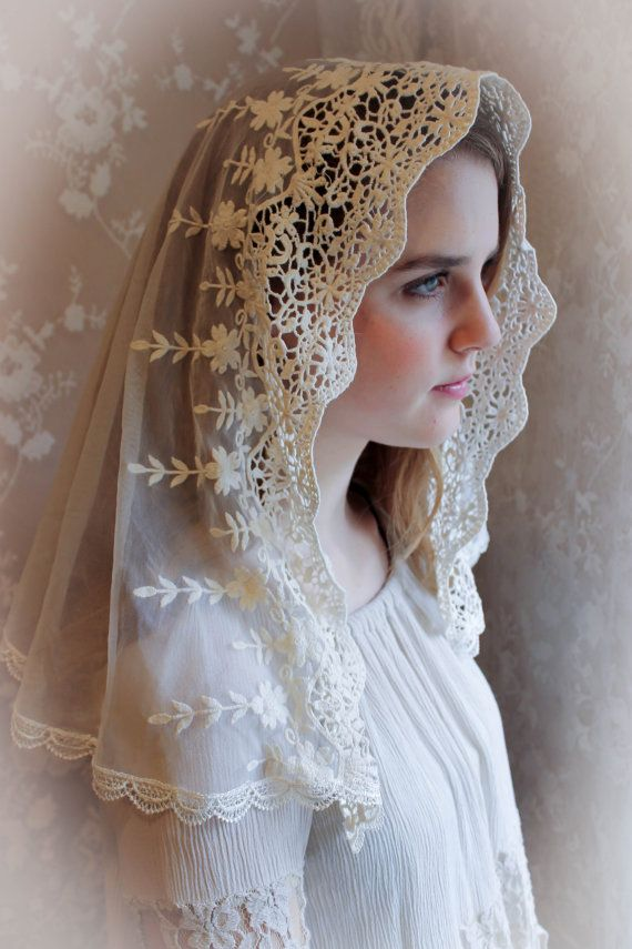Evintage Veils Ivory Lace French Chapel Veil by EvintageVeils