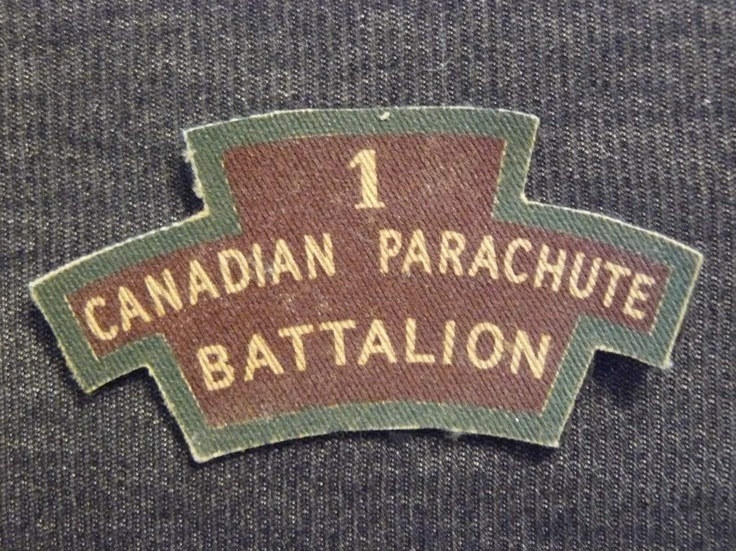 http://www.warrelics.eu/forum/military_photos/airborne-special-forces/335940d1335189701-british-canadian-para-badges-picture-1252.jpg