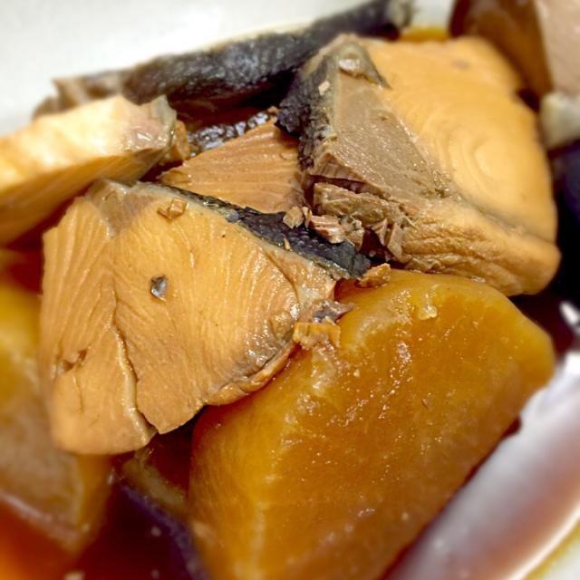 寒くなったら食べたい一品♪ - 4件のもぐもぐ - ブリ大根 by Yuuichirou Suehira