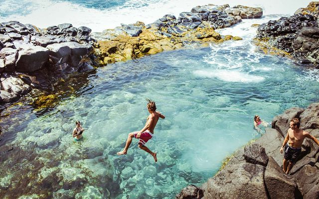 You can bathe like a queen in this tide pool, if you're brave enough to get there. The Queen's Bath, located in Princeville, on the north shore of Kauai, Hawaii, is a gorgeous and unique pool that's s