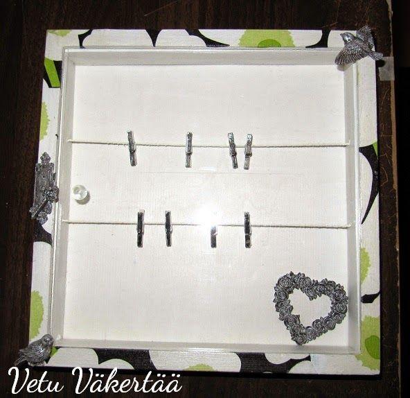 Vitriinikehys servettitekniikalla - Shadow box with serviette for jewelry or pictures