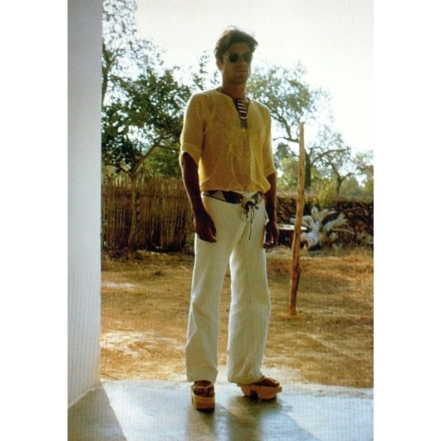 Check the shoes Salvador @salvadormaron is wearing, we made those in Ibiza -1971, they were made of wood by a local carpenter and we would paint them and put the leather bands or ribbons... #inspiration #shoes#style #family #fashion #fun #like #love #salvadormaron #willyvanrooy