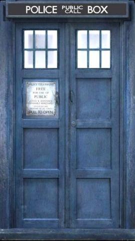 10's TARDIS door iPhone wallapaper