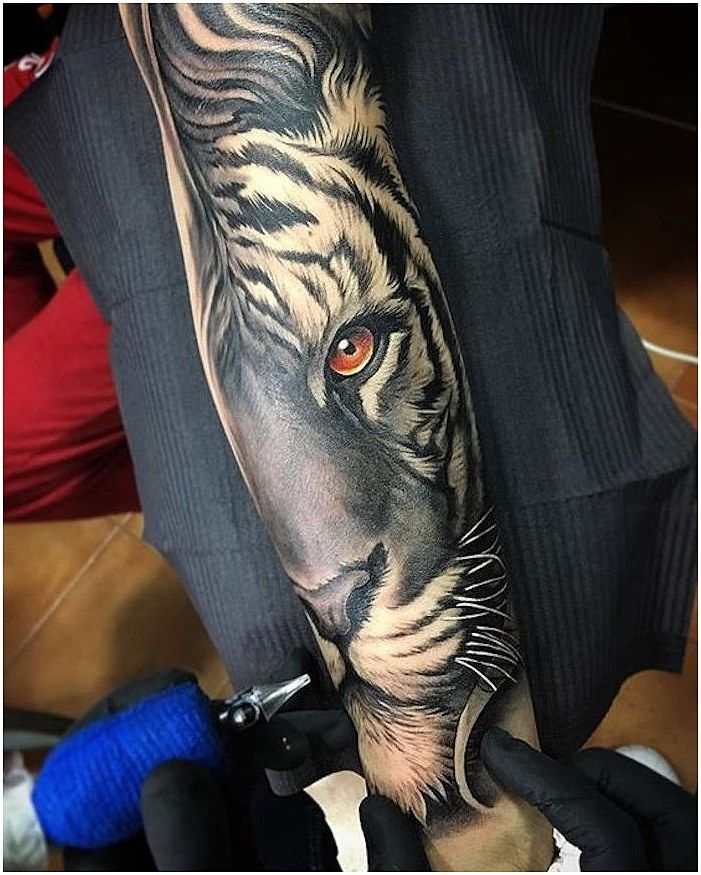 3541f3b36 Cloud designs are increasingly popular among tattoo artists. Many cloud  tattoos are typically done in