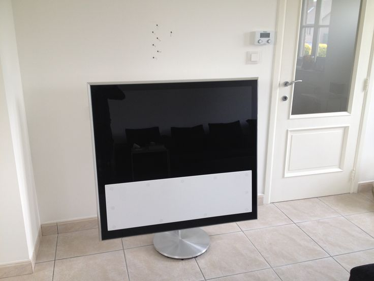 Installatie van een Bang & Olufsen Beovision flatscreen televisietoestel #smartliving