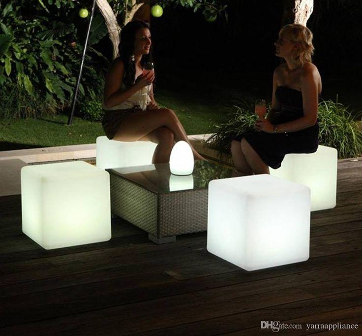 Con #qbox puedes encontrar la #innovación para salir de los rutinarios muebles que ocupan tus espacios ◽️▫️ #cubosled #ambiente #mobiliarioled #decoración #led #iluminación #ambientación #eventos #alquilerdemobiliario #bodas #design #ledfurniture
