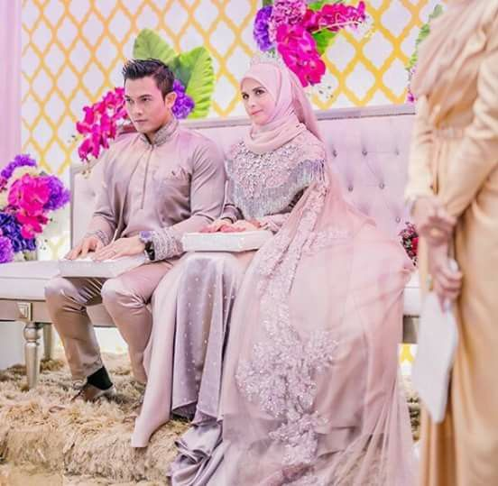 Songket wedding dress  Love the color and simplicity of the hijab