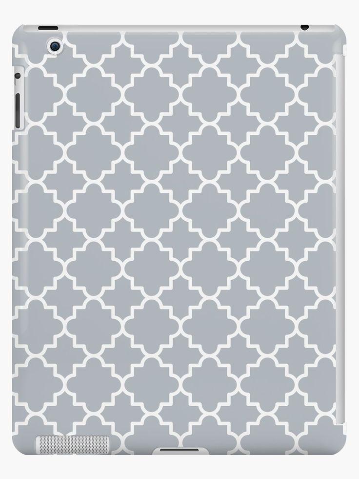 Quatrefoil-2, white on silver grey by Slanapotam