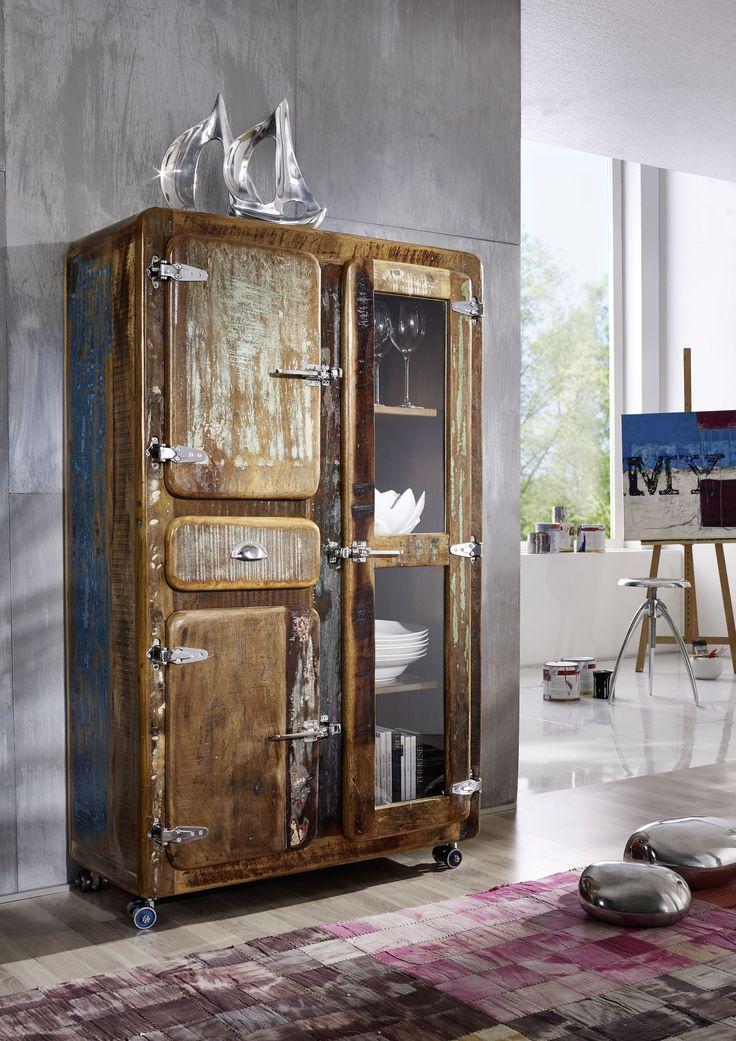 Brotschrank der FREEZY-Serie, aus indischem Altholz. Im Industrial-Stil und farbenfroh lackiert lassen sich die Möbel wunderbar mit schon vorhandener Einrichtung kombinieren. #möbel #möbelstücke #wohnzimmer #holz #echtholz #massivholz #wood #wooddesign #woodwork #homeinterior #interiordesign #home #decor #einrichtung #furniture #livingroom #livingroomideas #ideas #altholz #industrialstyle #industrialchic #vintage #massivmoebel24 #schrank #wardrobe #wohnzimmerschrank #schraenke