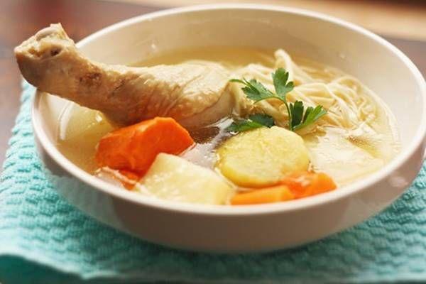 Nem telhet el vasárnap húsleves nélkül, azonban kevesen ismerik azokat a praktikákat, amelyeket célszerű bevetnünk a vasárnapi leves készítése során!