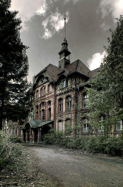 Beelitz-Heilstätten.