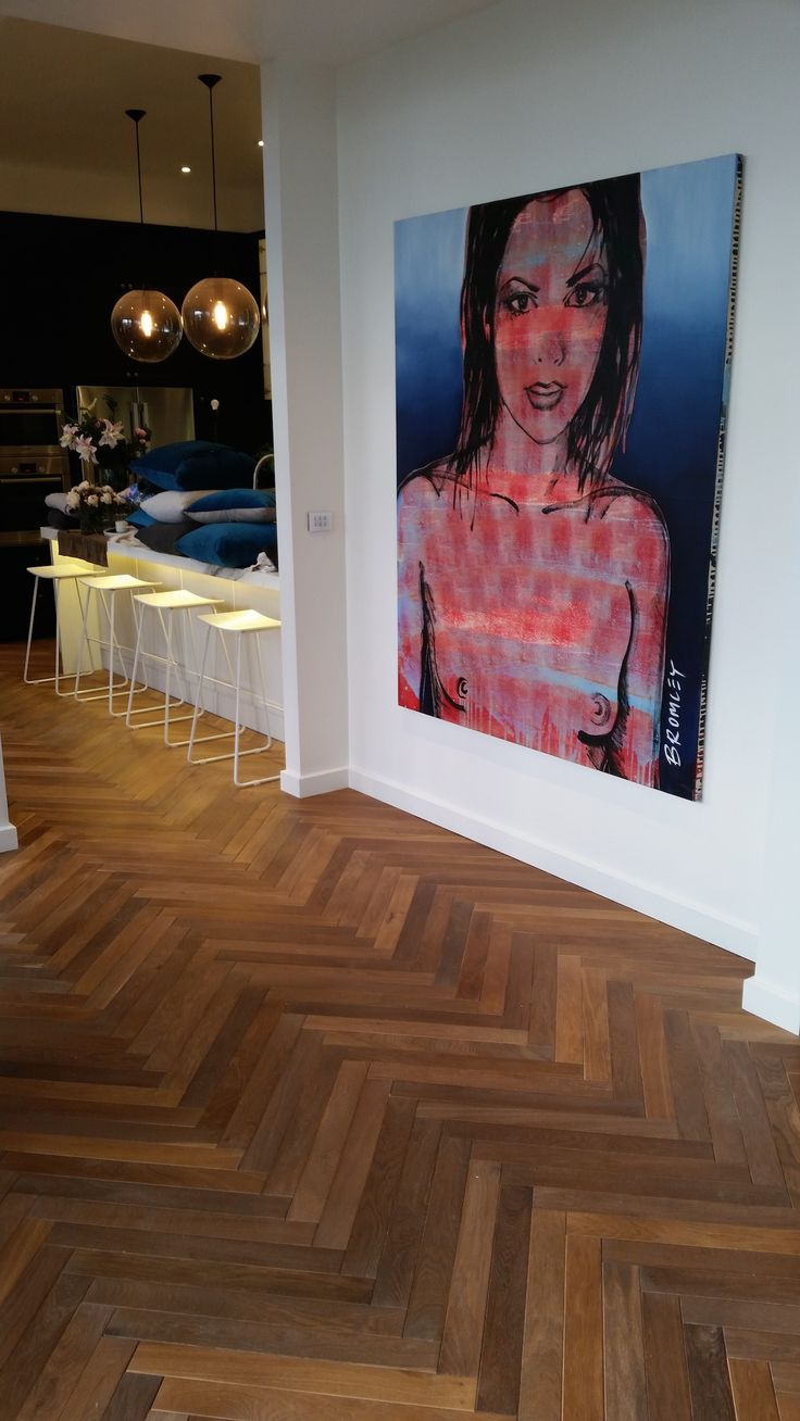 Herringbone parquetry and David Bromley artwork @ The Block - The Glasshouse
