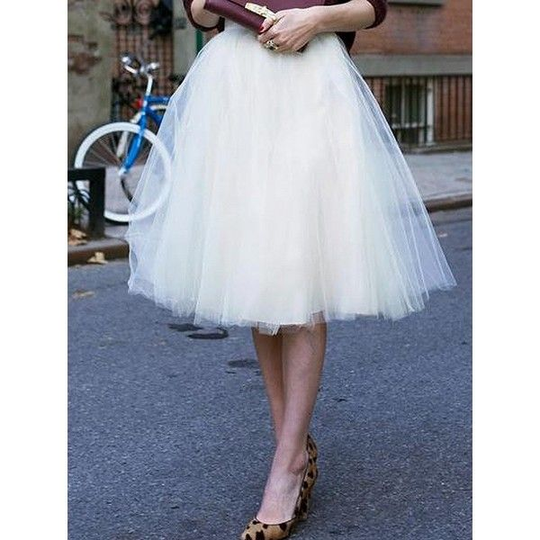Choies White High Waist Tulle Mesh Skater Skirt (620 UAH) ❤ liked on Polyvore featuring skirts, purple, white tulle skirt, white skirt, high-waisted skater skirts, high waisted skater skirt and high waisted tulle skirt