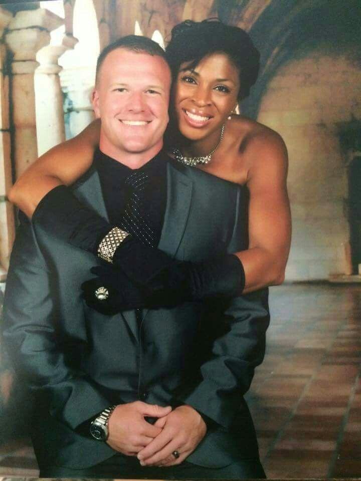 Black Women White Men Love >> My Husband And My Man Makes Me Feel Even More Glamorous When I Dress