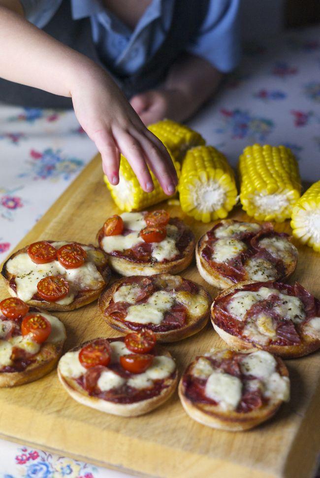 Super quick mini muffin pizzas