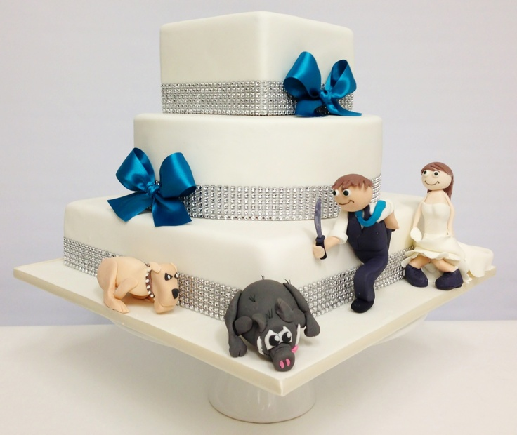 Personalised touches make your cake that little more special :)