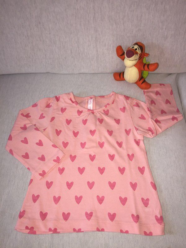 Tee-shirt manche longue  Gemo ! Taille 18 mois  à seulement 3.00 €. Par ici : http://www.vinted.fr/mode-enfants/t-shirts/39149063-tee-shirt-manche-longue.