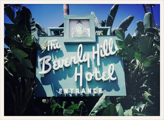 Beverly Hills Hotel http://www.vogue.fr/voyages/adresses/diaporama/les-meilleures-adresses-a-beverly-hills/15528/image/866703
