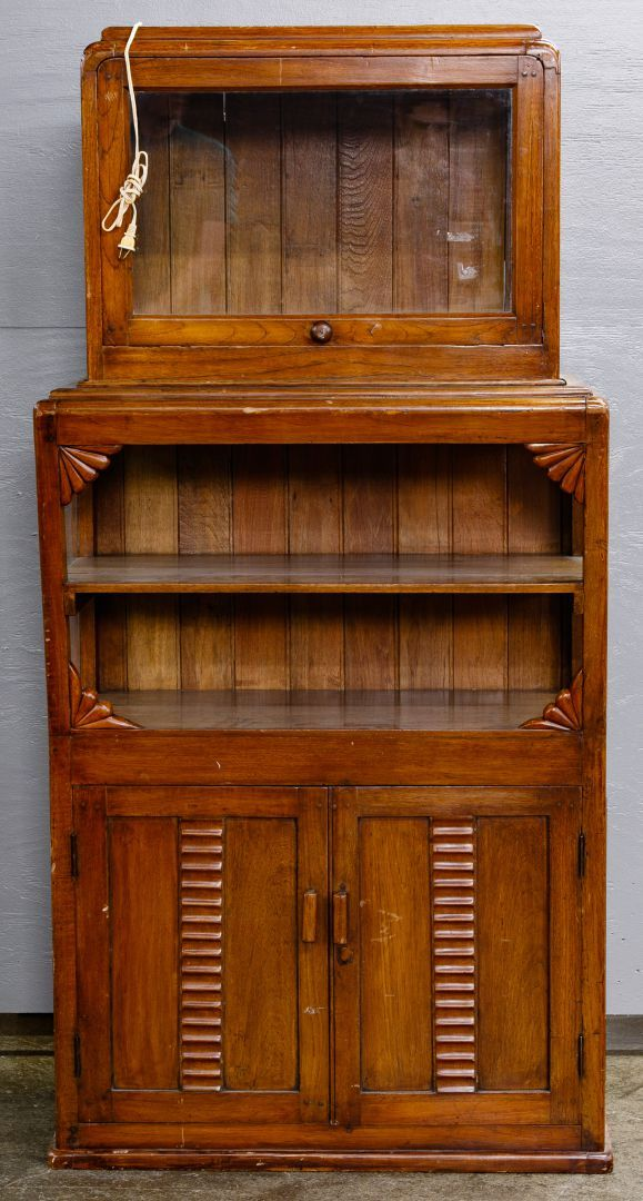 Lot 90 Art Deco Pine Display Cabinet Upper Section Enclosed With Three Sides In Glass Having A Working Door And Lights Art Deco Fan Decoration Deco