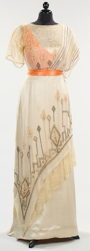 Evening dress, 1911-1913.