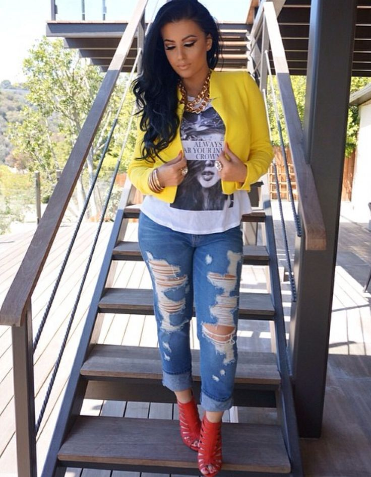 Color crop jacket, t shirt, distressed jeans, jazzy shoes ...