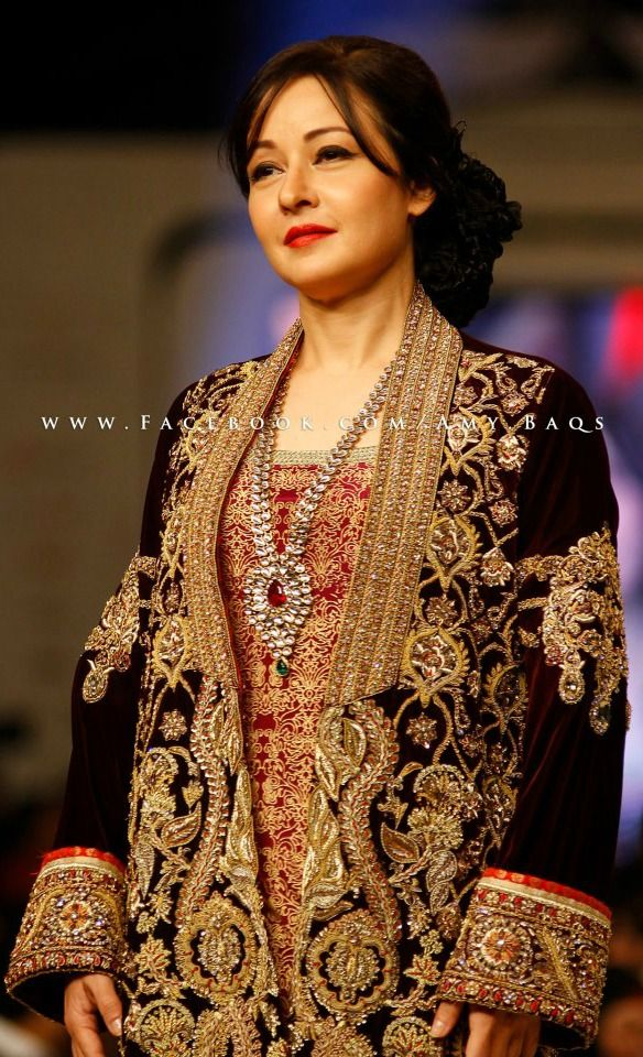 Zeba Bakhtiar in Deepak Perwani......gorgeous as ever