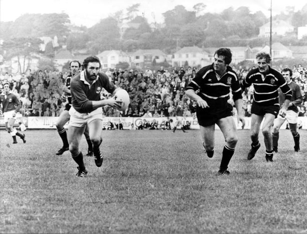 Llanelli's Ray Gravell on the attack against Pontypridd in 1979