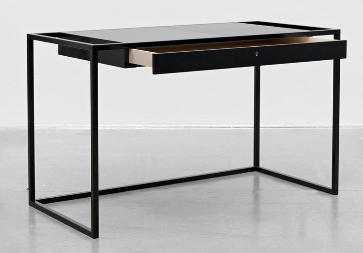 Desk from the first collection of high-end design from Snickeriet.