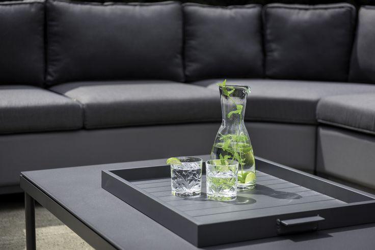 Novas Lounge Set / SUNS Red Collection