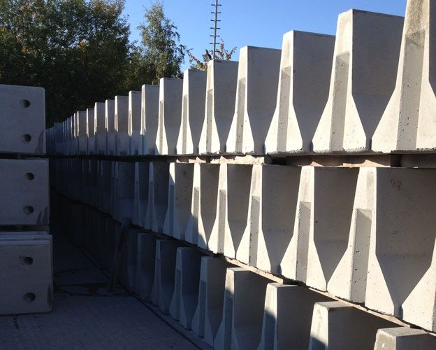 Concrete Jersey Barriers Jersey Barrier Concrete Small Living Rooms