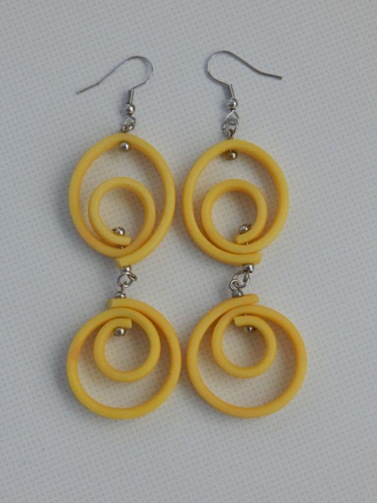 (86) Σκουλαρίκια από διπλή σπείρα καουτσούκ κίτρινο
