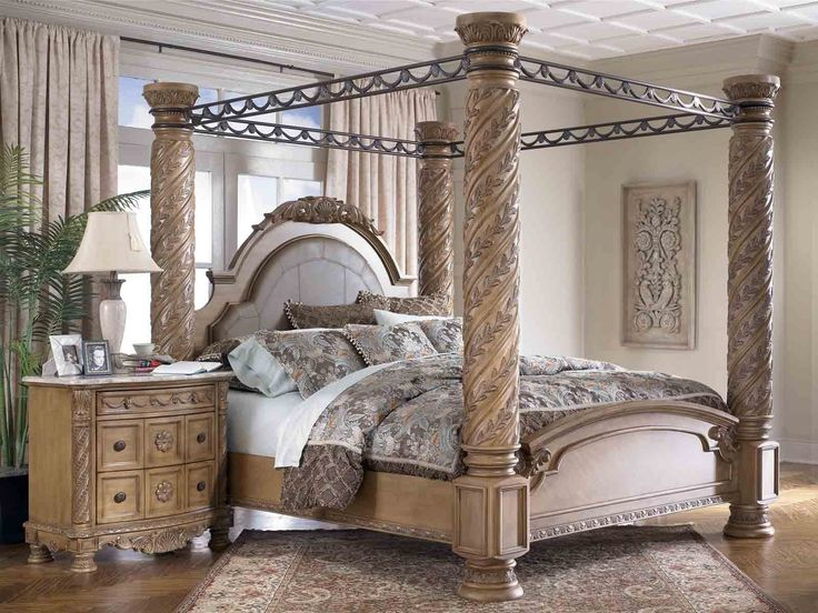 Best 25 king size canopy bed ideas on pinterest canopy for bed canopy bed frame and canopy beds - Bedspreads for four poster beds ...